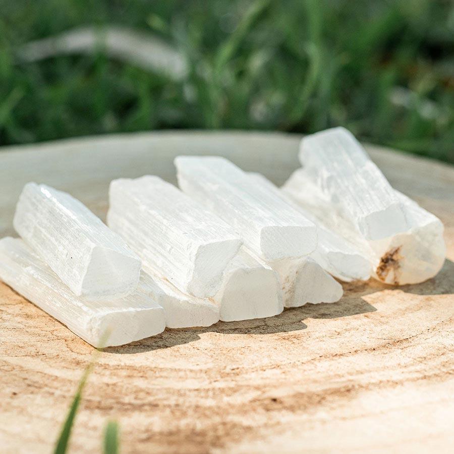 selenite em barra para limpeza de cristais