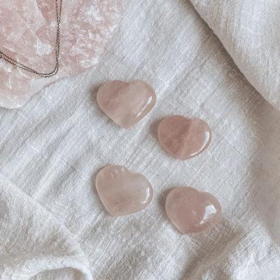 corações quartzo rosa