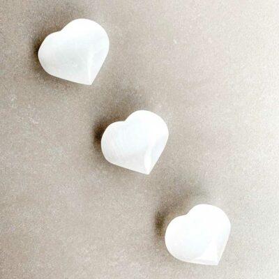 coração de selenite pequeno