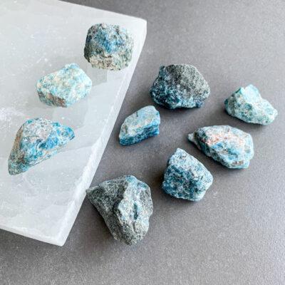 apatite azul surya cristais