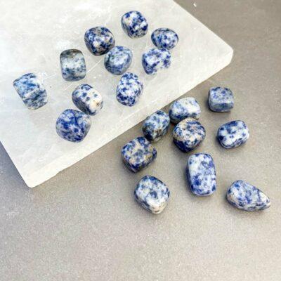 sodalite surya cristais