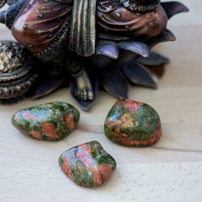 unakite-surya-cristais