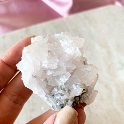 ponta de quartzo surya cristais